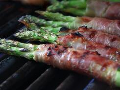 Запахло жареным: интересные блюда для барбекю